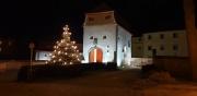 Das Stadtschloss bei Nacht während der Adventszeit